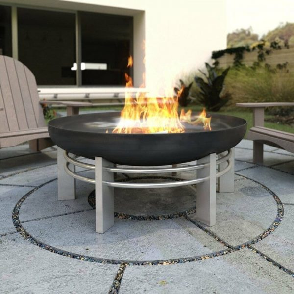 79cm diameter high quality fire pit on solid steel legs